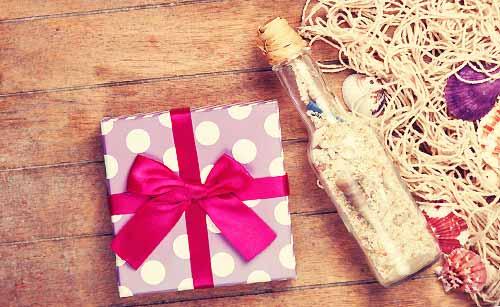 瓶とプレゼント