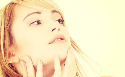 美白な女性