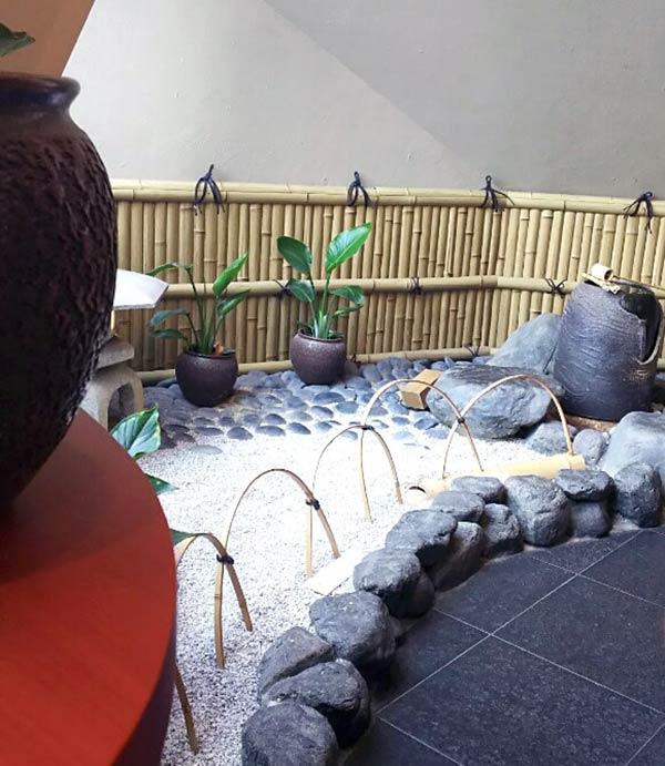店内は京都らしく和風な感じです