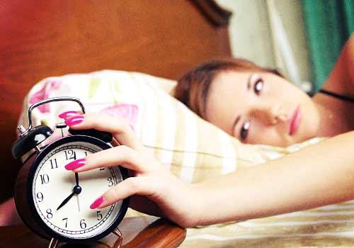 寝坊した女性