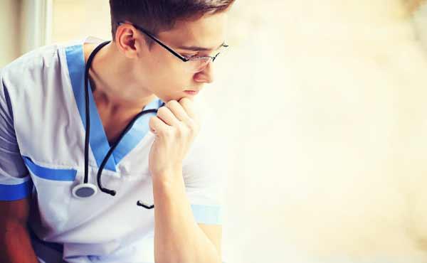 医者との恋愛メリットとデメリット・現実は理想と違う