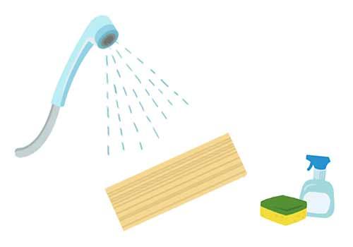 シャワーでブラインドを洗う