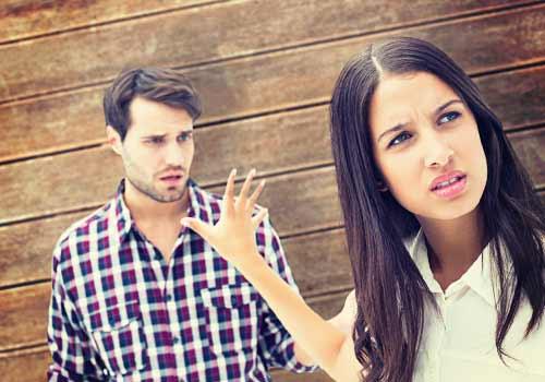夫の話を聞かない女性