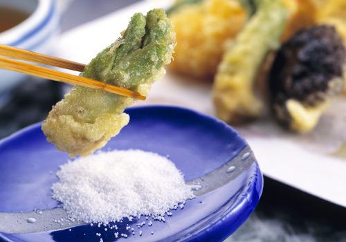 塩で食べる天ぷら