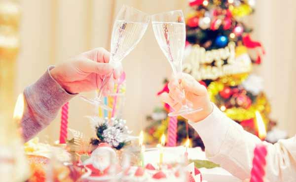 クリスマス家デート・誰にも邪魔されず恋人と過ごすプラン