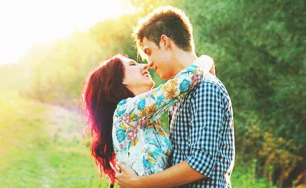 男が抱きしめたくなる女性・男が手を伸ばしたくなる魅力