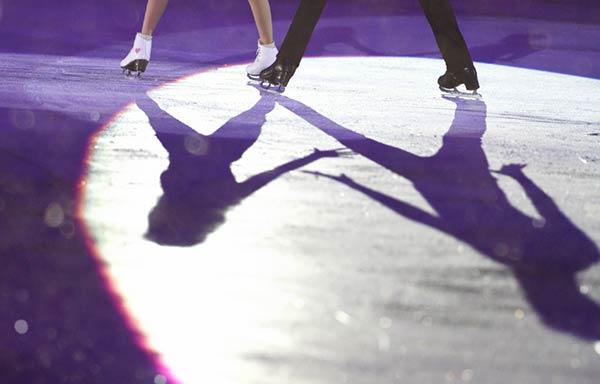 フィギュアスケートの演技