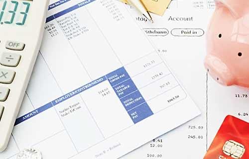 クレジットカードの出費を計算する
