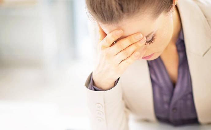会社辞めたい理由・今も悩みながら働いている人の体験談