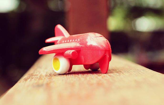 飛行機のおもちゃ