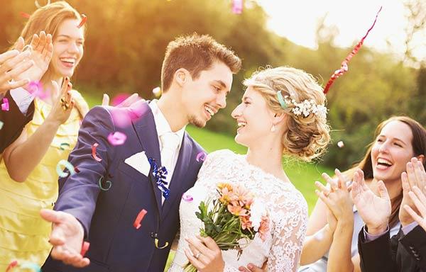 結婚した男と女