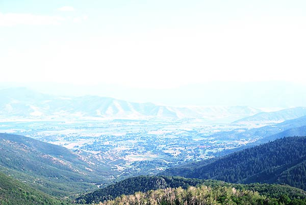 広大なロッキー山脈