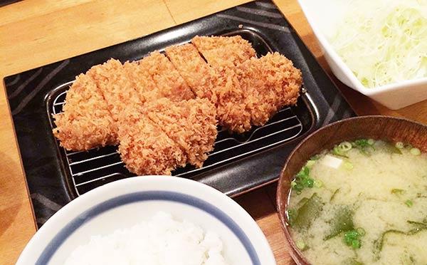 本場の黒豚ロース&ひれかつ定食