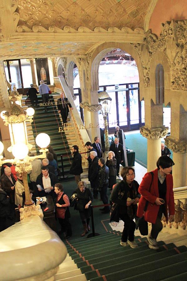 カタルーニャ音楽堂の入り口にある階段です