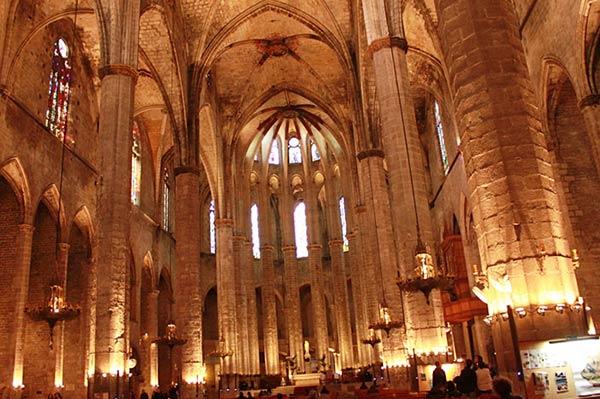 ここがサンタ・マリア・デル・マル教会です