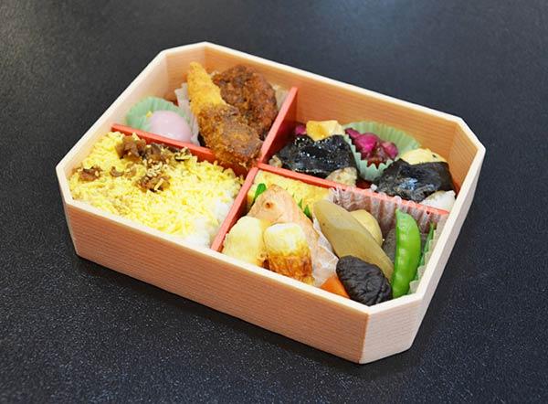 名古屋のイメージが詰め込まれたお弁当です
