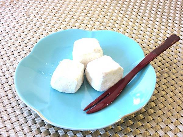 和三盆が白く雪のようにシャーとした味わい