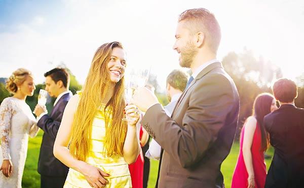 婚活パーティーの服装・出会った瞬間に男心を掴むコーデ