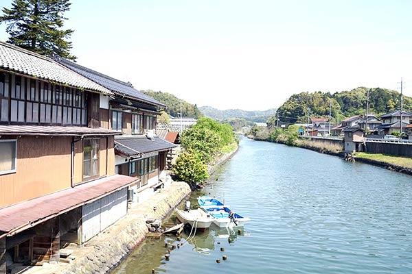 佐太神社近くの川