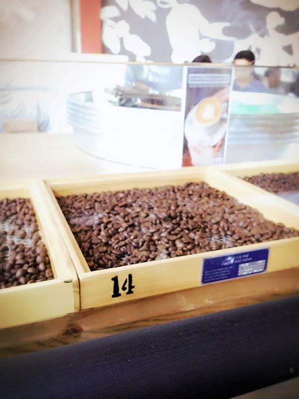 コーヒー豆が販売されてます