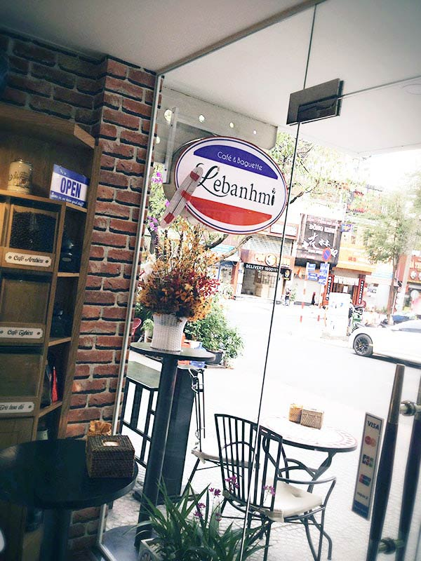 フランス気分を味わえるカフェ