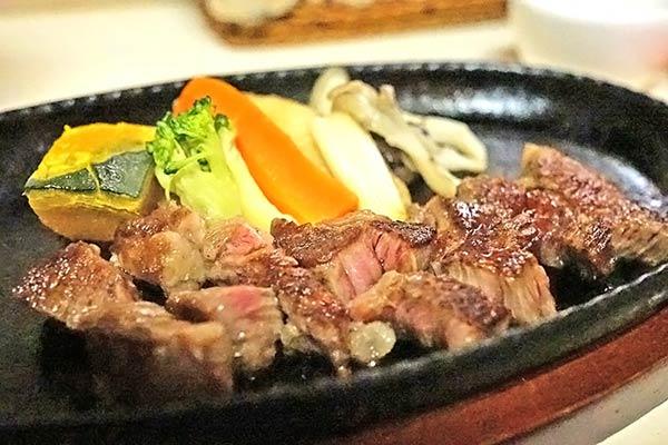 しまね和牛のステーキ