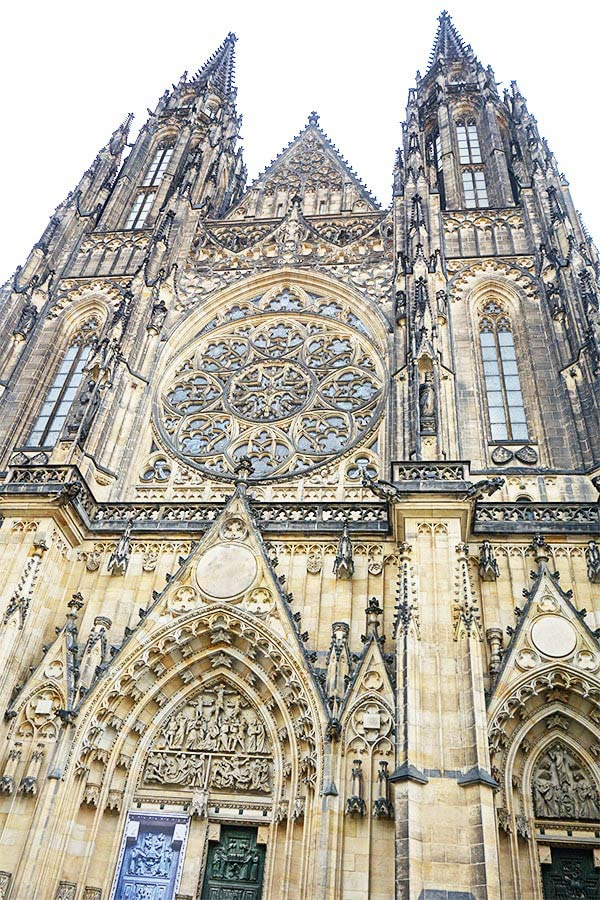 あまりにも大きなスケールのプラハ城