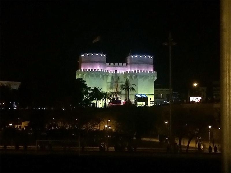 これからバルセロなの「火祭り」が始まろうとしています