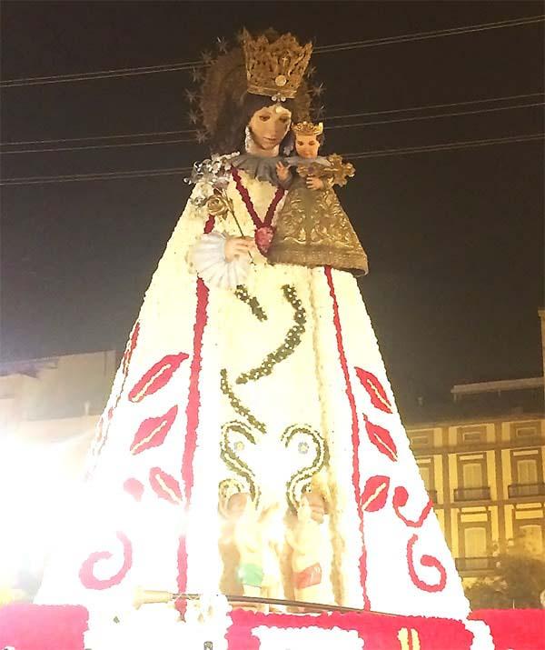マリア像の完成です!