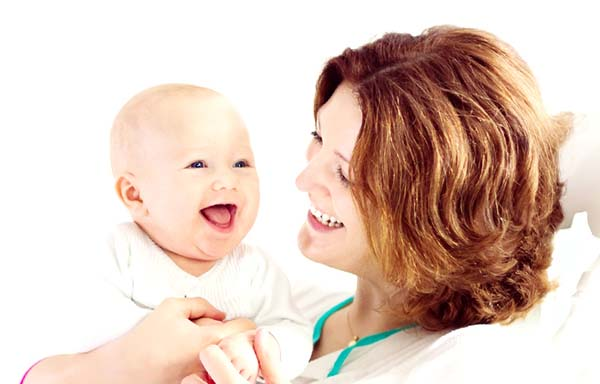 母親と赤ちゃん