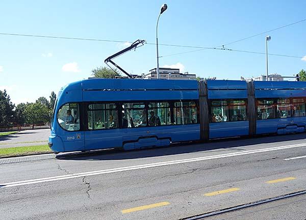トラムと呼ばれているバス