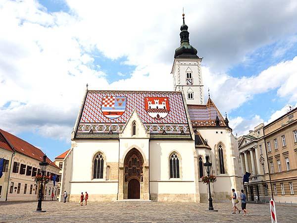 ザグレブといえば聖マルコ教会