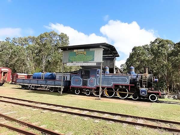 機関車トーマスに似てますね