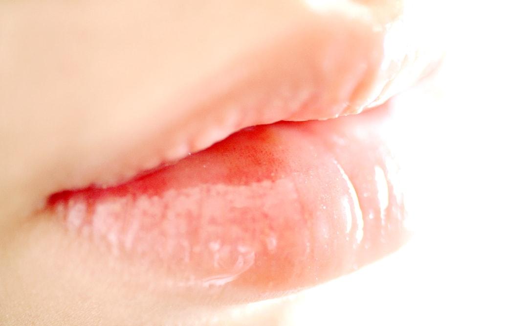 リップグロスおすすめ・透明感あふれるモテ唇になれる