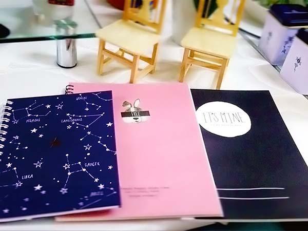 「ダイソー」ガールズトレンドのノート