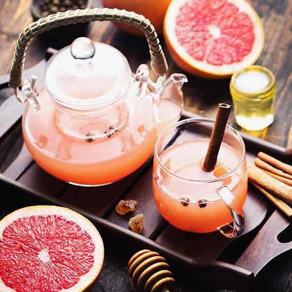 ピンクグレープフルーツのジュース