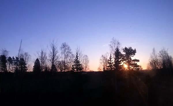 コペンハーゲンに向かう途中綺麗な朝日を見ました