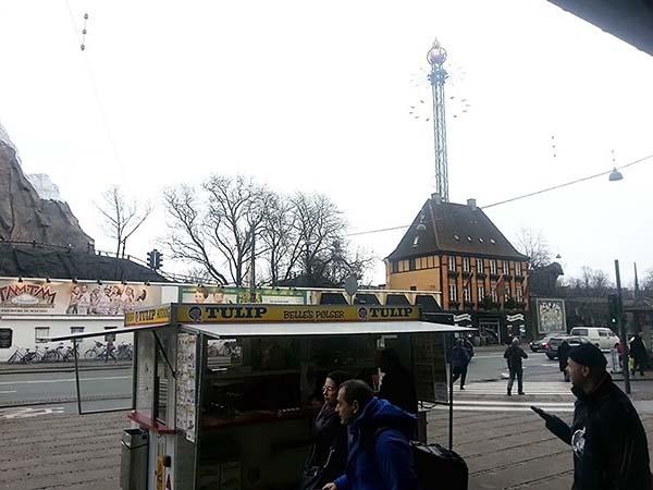 コペンハーゲンのチボリ公園の風景