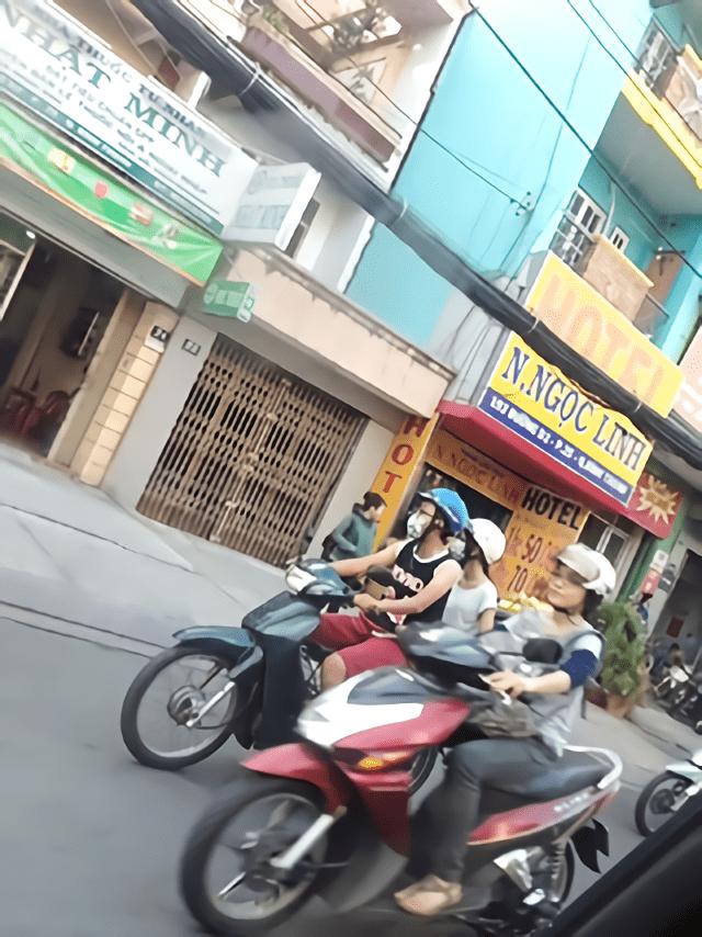 ホーチミン生活でバイクは欠かさないです
