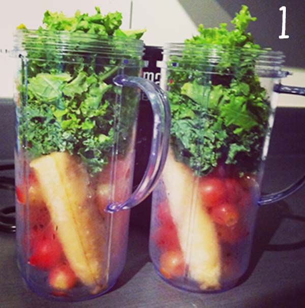 野菜をミキサーに入れます