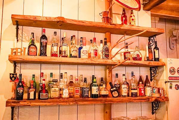 ボトルがたくさん並んでいます