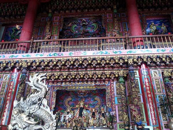 装飾がいかにも台湾