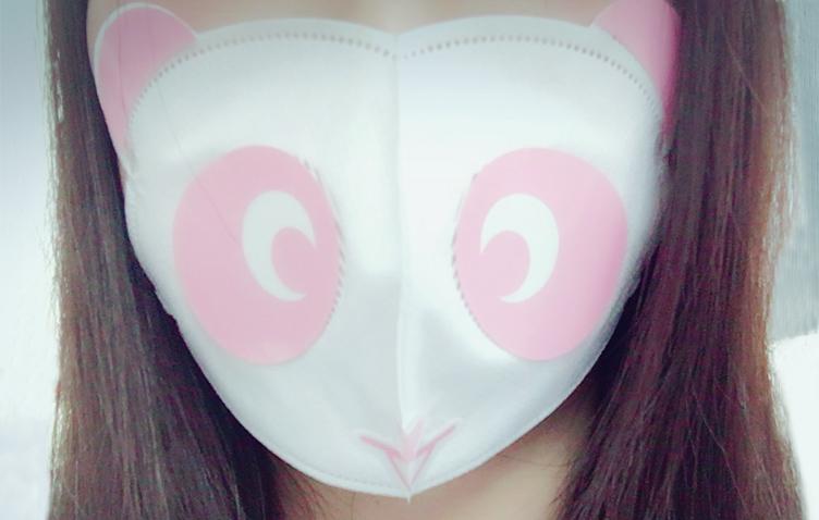 パンダマスクが顔にフィットします!