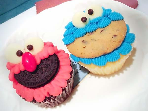 お口にクッキーが!