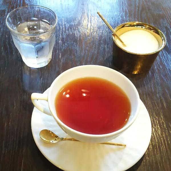 紅茶の砂糖の容器がオシャレ
