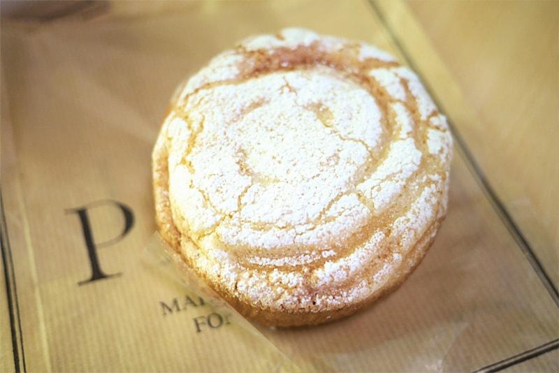 PAUL札幌のパン・オ・クレーム・マカロン