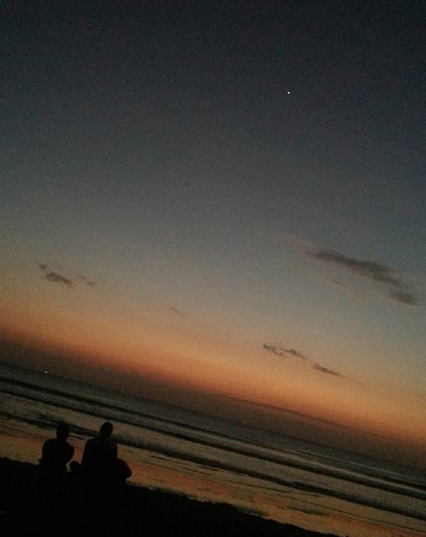 クタビーチの朝