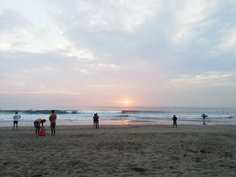 スミニャックビーチの夕日