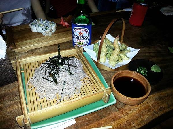 バリ島で食べる蕎麦