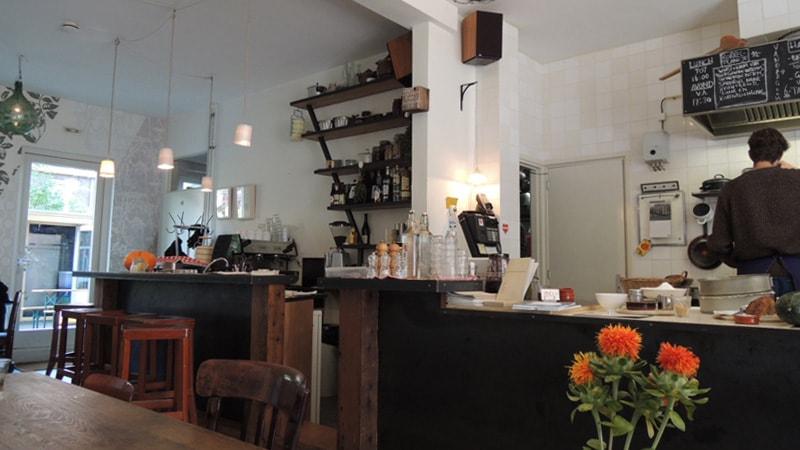 カフェ「De Soepboer(デ・ソープボアー)」の内装